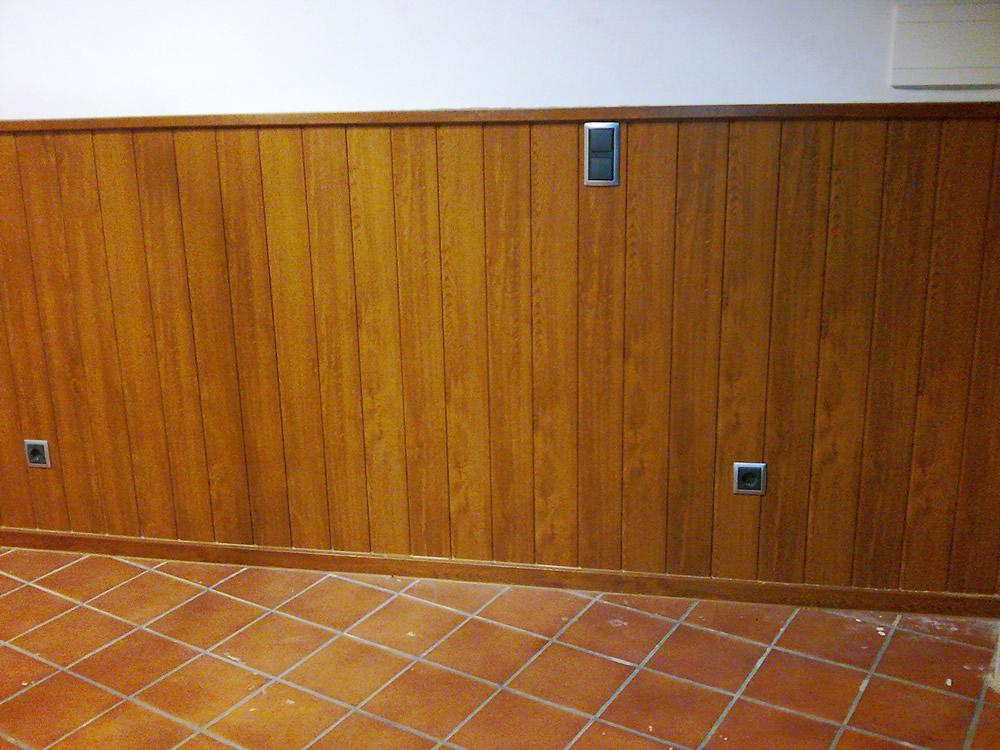 Revestimiento de pared imitaci n madera instalup - Revestimiento madera paredes ...